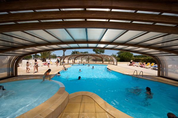 Camping le suroit bord de mer piscine couverte for Camping normandie piscine couverte bord mer