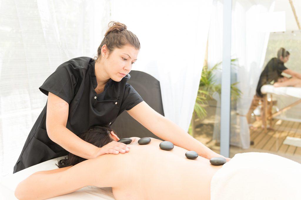 Arinella Bianca-Massage pierre