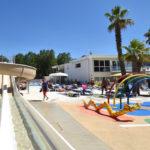 Camping-le-Napoleon-Bord-de-Mer-Toboggan Jeux enfants