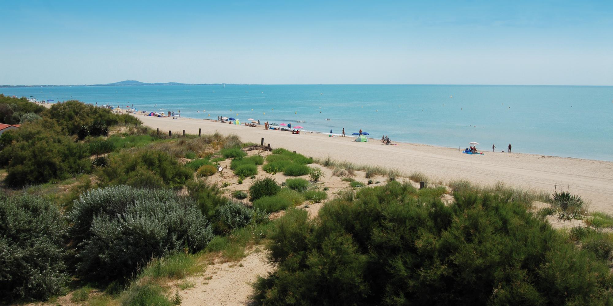 Camping en bord de mer d couvrez le camping beaus jour for Camping 5 etoiles var bord de mer avec piscine
