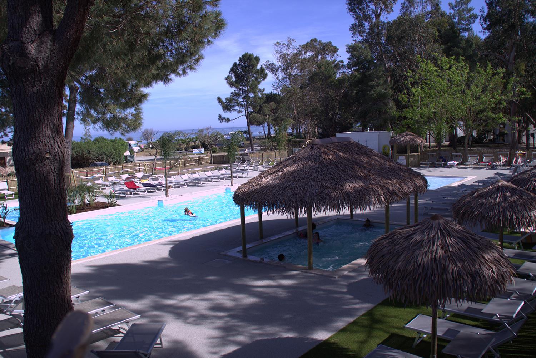 Marina aleria piscine relaxation camping bord de mer for Camping corse bord de mer avec piscine
