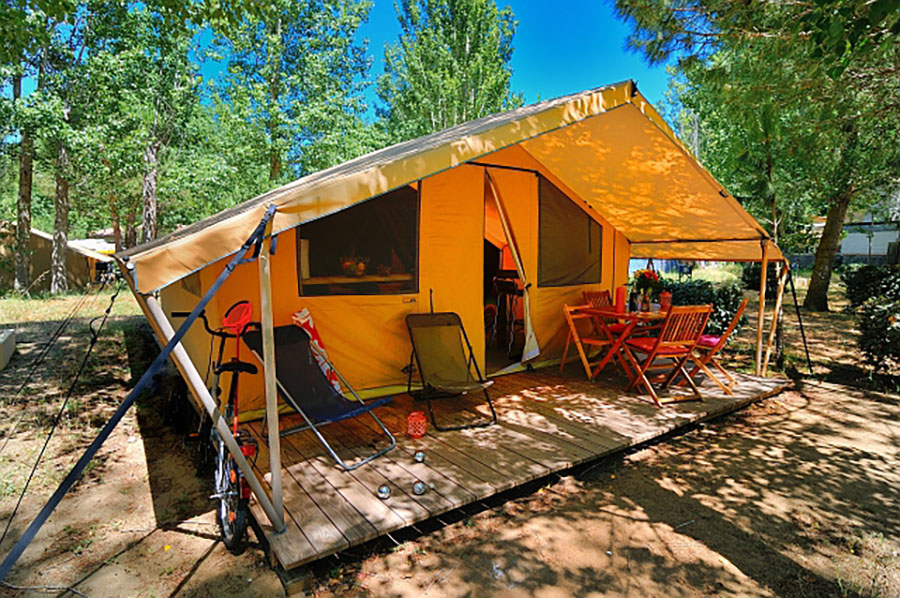 Camping-5-etoiles-Bord-de-mer-Emplacement.jpg