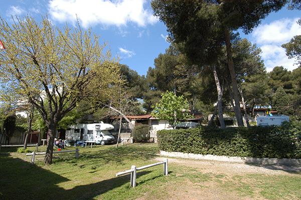 Camping Le Parc des Maurettes-Emplacement nu