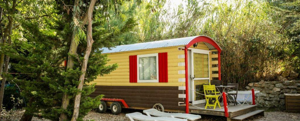 Camping-Village-Le-Floride-et-LEmbouchure-Perpignan-Roulotte-Insolite